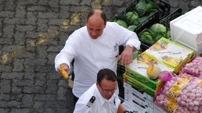 Kreuzfahrtschiff_Lebensmittel.jpg